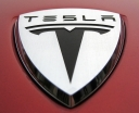 048 Evolu4 Tesla logo.jpg