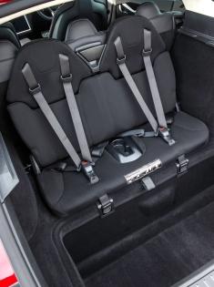 049 Evolu5 Tesla S seat