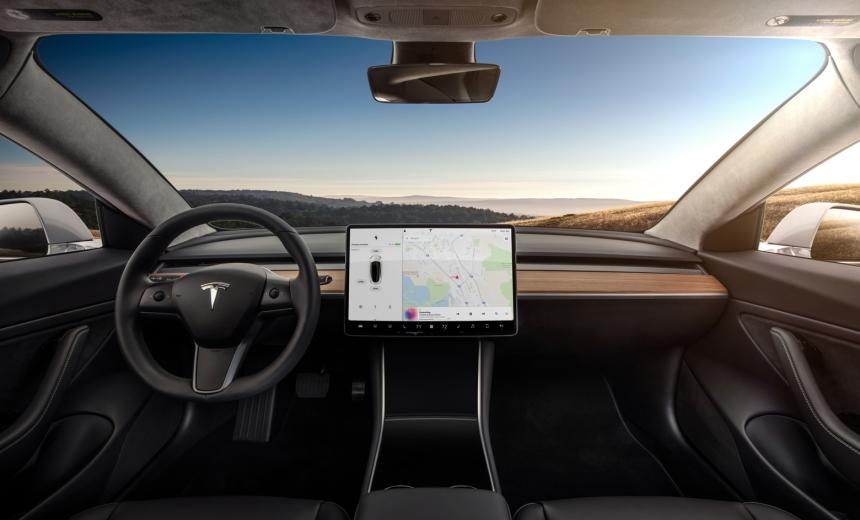 051 Evolu7 Tesla 3 dash
