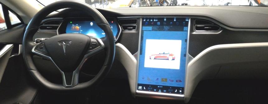 051 Evolu7 Tesla S dash