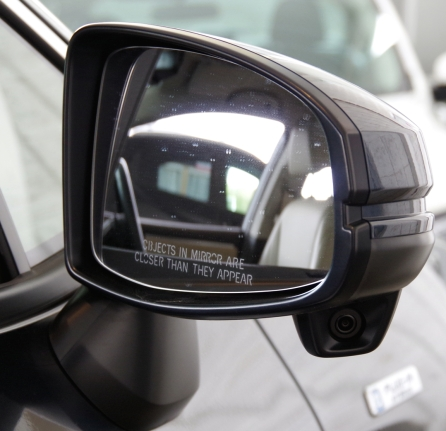 074 Honda Clarity Angle miroir