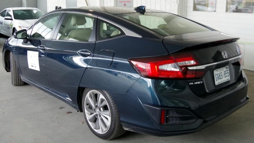 074 Honda Clarity Back Fin.jpg