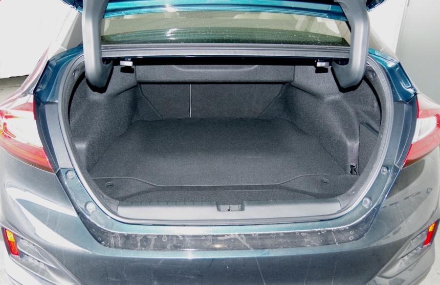 074 Honda Clarity Coffre Sedan