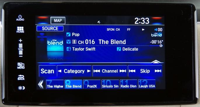 074 Honda Clarity Console Radio