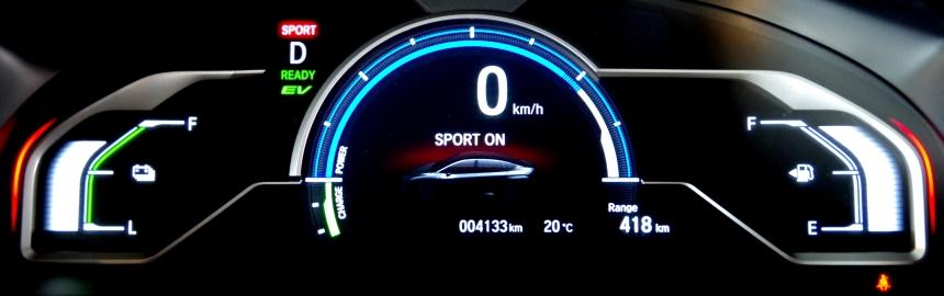 074 Honda Clarity Ecran sport.jpg