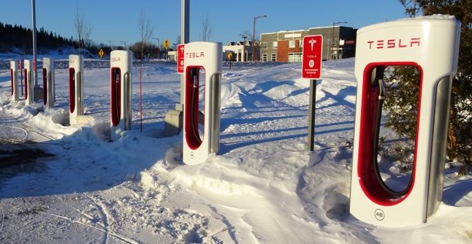 088 Voy Gasp Tesla Super