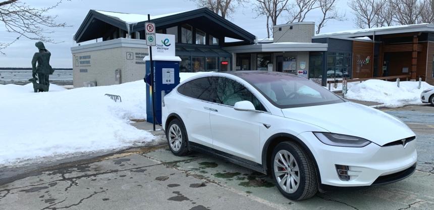 088 Voy Gasp Tesla